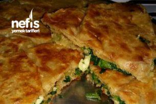 Yufka Ekmeğinde Ispanaklı Börek Tarifi