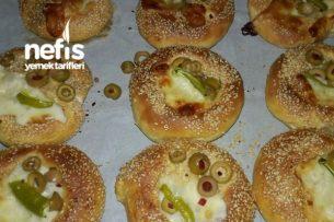 Poğaça Tarifleri - Simit Tadında Minik Pizzalar Tarifi