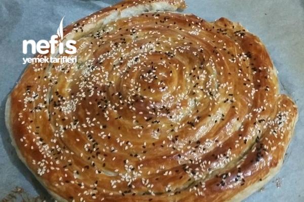 Milföy Hamuru İle Ispanaklı Börek Tarifi