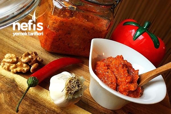 Kırmızı Pesto Sos (Pesto Rosso) Tarifi