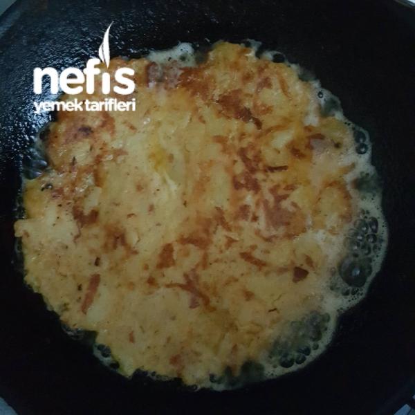 Patatesli Omlet - Nefis Yemek Tarifleri - Meryem Abiş