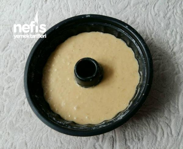 Beyaz Çikolatalı Fındıklı Kek