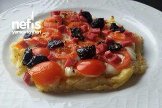 Diyet Pizza ( Haşlanmış Patatesten) Tarifi