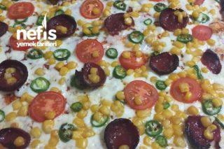 Tam Kıvamında Evde Pizza Tarifi