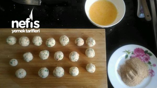 Bayat Ekmekten Peynir Topları