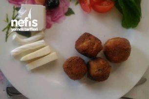Bayat Ekmekten Peynir Topları Tarifi