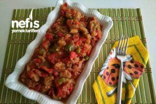 Kahvaltılık Közlenmiş Patlıcan Salatası Tarifi