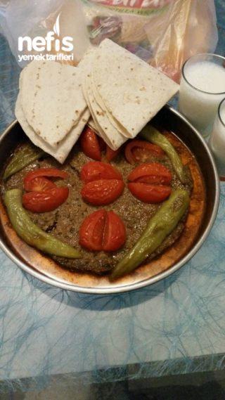 Tepsi Kebabi (resimli)