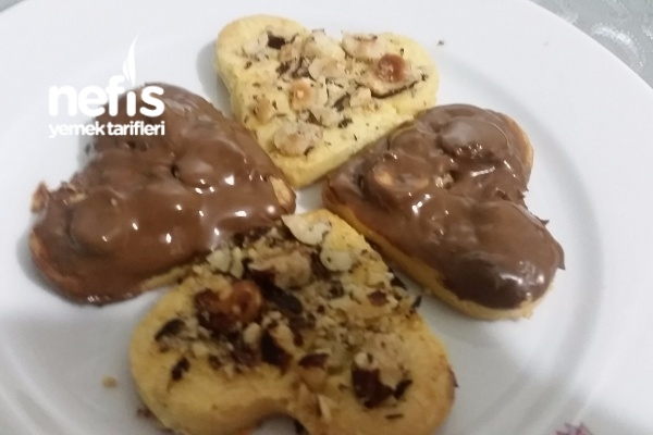 Dehşet Tadıyla Fındıklı Çikolatalı Kurabiye