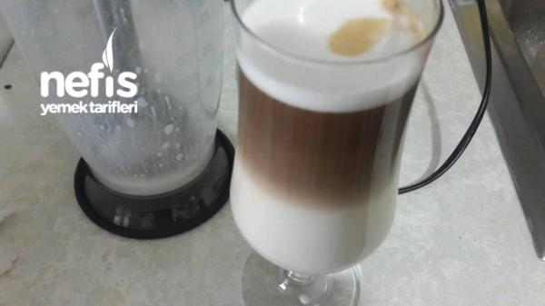 Köpüklü Latte Yapımı