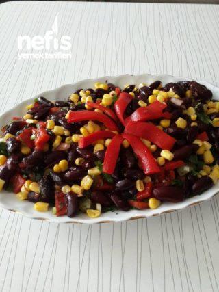 Meksika Fasulye Salatasi