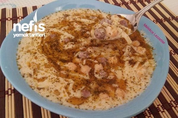 Köfteli Erişteli Yoğurtlu Çorba (Erzincan Çorbası) Tarifi