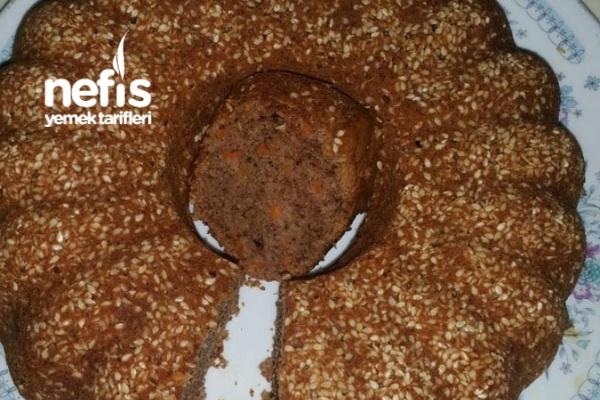 Susamlı Kaplı Cevizli Tarçınlı Elmalı Havuçlu Kek Tarifi