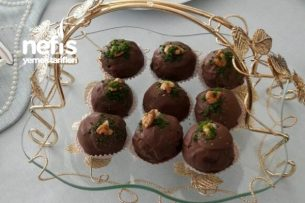 Çikolatalı Süpriz Kekler (Tadıyla Kendine Hayran Bırakan Şık Kekler ) Tarifi