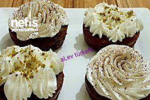 Pratik Kakaolu Islak Muffin (Mutlaka Deneyin) Tarifi