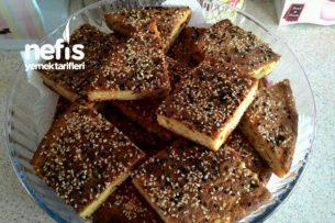 Mısır Unlu-Peynirli-Sebzeli Kek