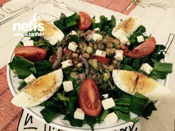Doyurucu Yeşil Mercimek Salatası (diyet)