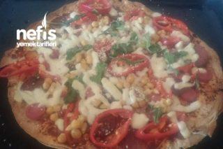 Pizza (Lavaştan Pizza Mı Olur Yaptık Muhteşem Oldu ) Tarifi