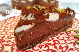 Çikolatalı Pasta (10 Dakikada) Tarifi