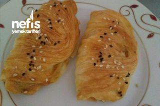 Köy Peynirli Midye Böreği Tarifi