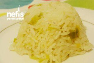 Yasmine Pirinçli Pırasalı Pilav Tarifi