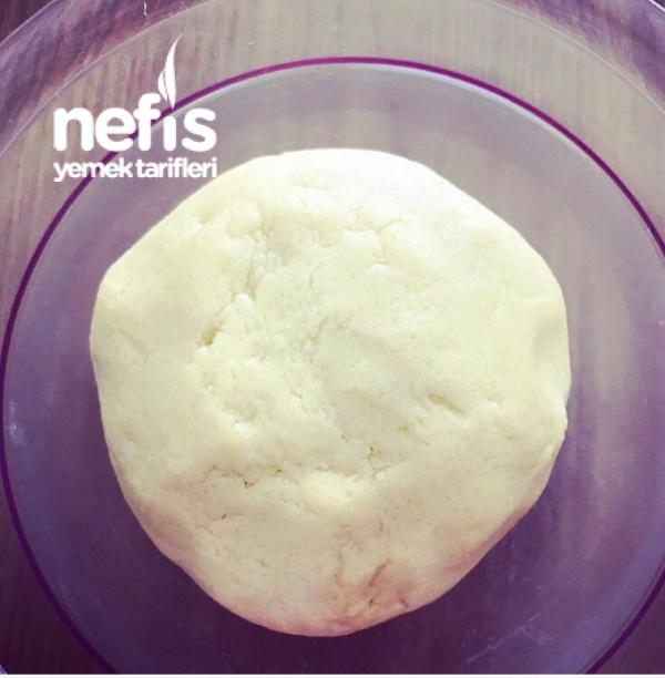 Kiraz Dolgulu Pasta(streuselkuchen Mit Kirsch Quark Füllung