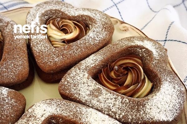 Çikolatalı Kalp Kurabiye Tarifi
