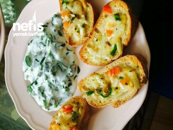 Mozzarella Peynirli Citir Ekmek