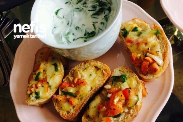 Mozzarella Peynirli Çıtır Ekmek