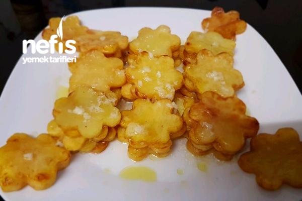 Limon Sarımsak Soslu Çicek Patates Kızartması