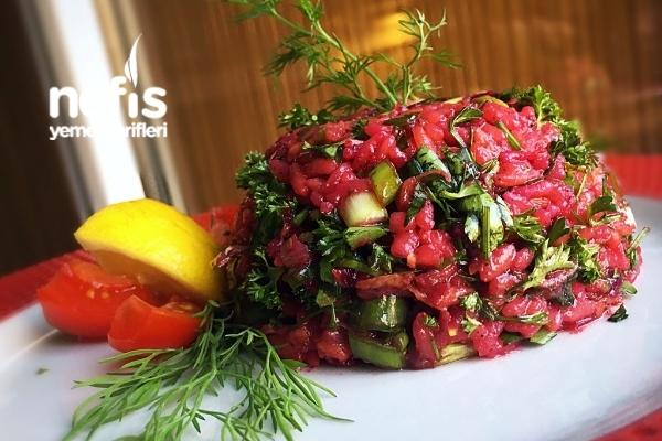 Kırmızı Pancarlı Pirinçli Gün Salatası Tarifi