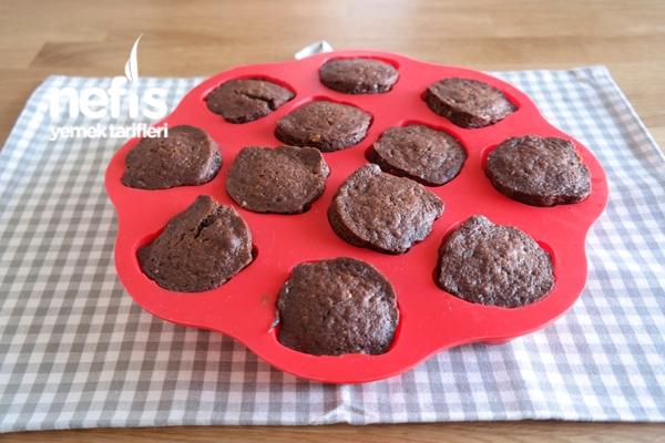 Kakaolu Fındıklı Top Kek Tarifi