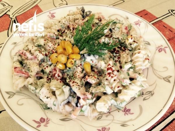 Diyet Makarna Salatası