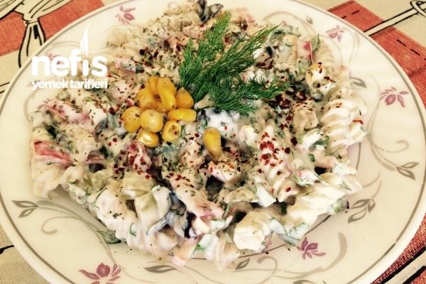 Diyet Makarna Salatası Tarifi