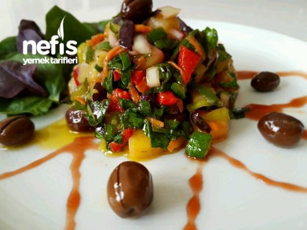 Bol Yesıllıklı Patates Salatası