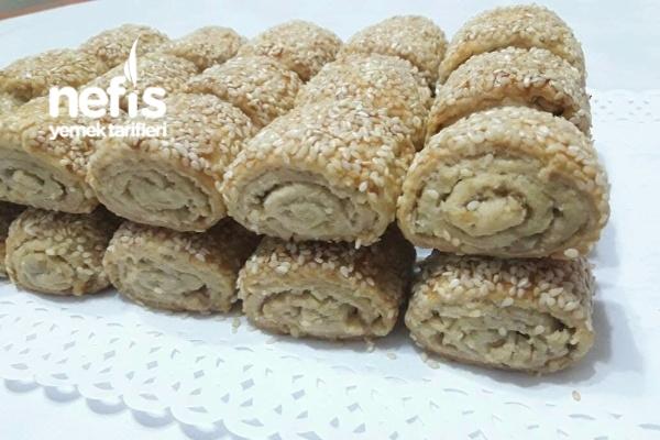Tahinli Cevizli Rulo Kurabiye (Pastane Tadında) Tarifi