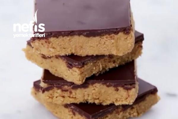 Çok Pratik Fıstık Ezmeli Çikolatalı Tatlı Tarifi