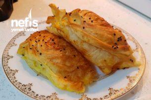 Puf Puf Peynirli Midye Böreği Tarifi