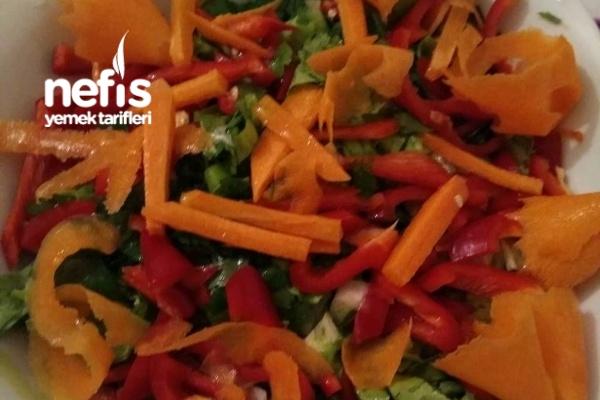 Eşimin Elinden Süper Salata Tarifi