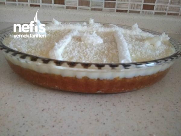 Beyaz Cikolatali Portakalli İslak Kek