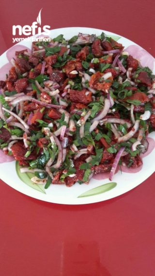 Kuru Domates Salatasi (yok Boyle Bir Lezzet)