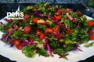 Ekşili Yeşil Salatam Tarifi