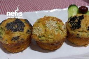 Yumuşacık Pırasalı Muffinler Tarifi