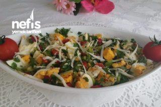 Nefis Yumurta Salatası Tarifi