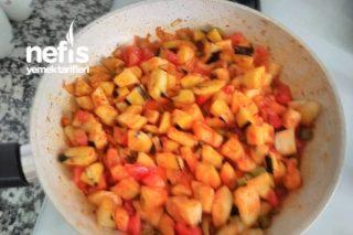 Patlıcan Yemeği (Makarna Yanına Sos) Tarifi