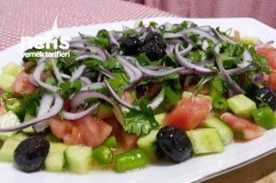 Nefis Çoban Salatası ( Et Ve Köfte Yanına ) Tarifi