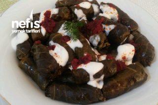 Etli Karalahana Sarması (Karadeniz Mutfağı) Tarifi