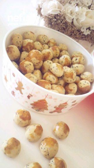 Çörek Otlu Mini Kurabiye
