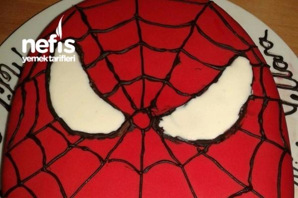 Oğlumun Örümcek Adam Pastası