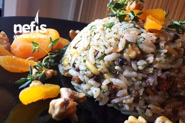 Osmanlı Mutfağı İç Pilav (Muhteşem) Tarifi